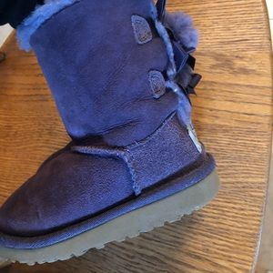 Toddler size 9 purple uggs